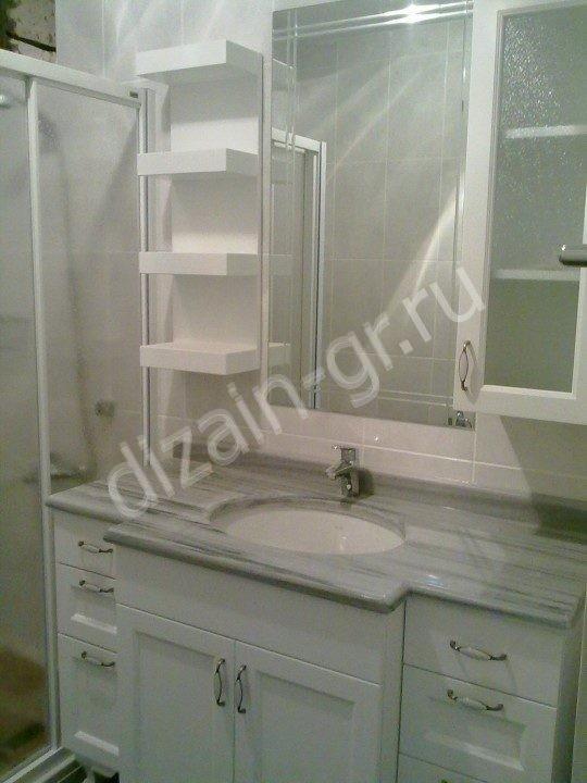 Шкаф в ванную с зеркалом