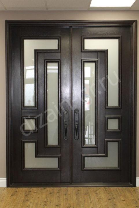 Шпонированные распашные двери