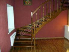 Лестница с округленными ступенями