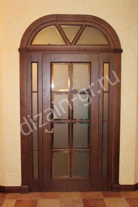 Дверь из массива ясени