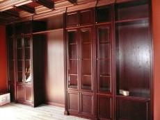 Шкафы английском стиле